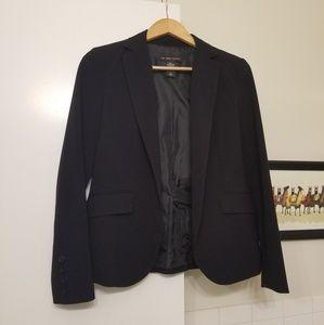 Like new 2 button suit jacket blazer